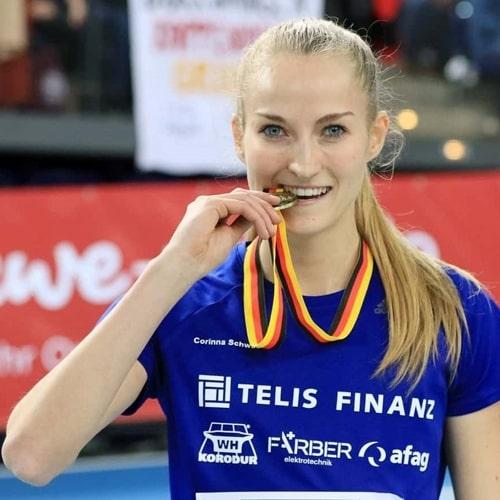 Corinna Schwab
